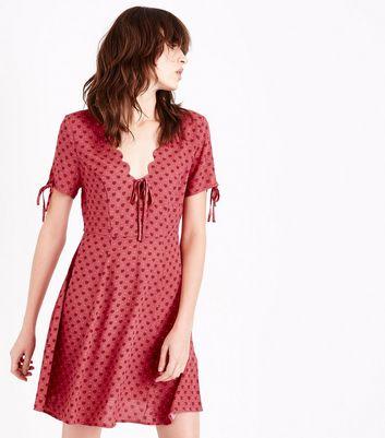 Pink Floral Scalloped V Neck Tea Dress New Look