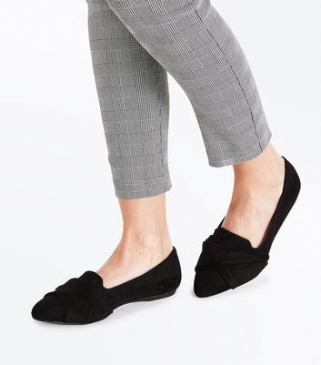 Black Suedette Twist Front Pointed Loafers New Look