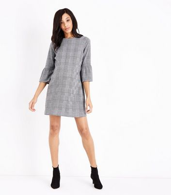 Maternity Black Check Bell Sleeve Dress New Look