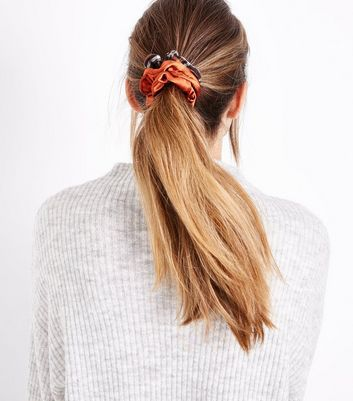 3 Pack Mink Scrunchies New Look