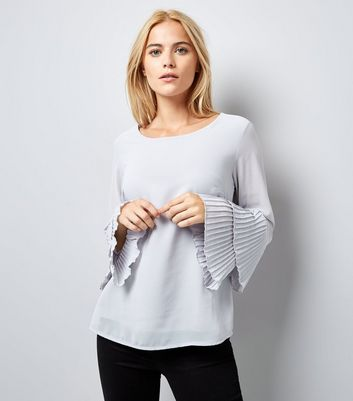 Apricot Pale Grey Bell Sleeve New Look