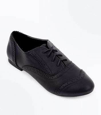 Wide Fit Black Round Toe Brogues New Look
