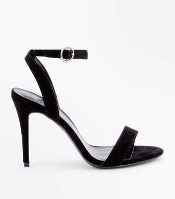 Wide Fit Black Suedette Circle Buckle Heeled Sandals New Look