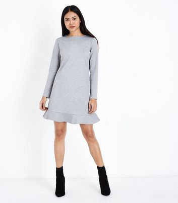 Petite Grey Frill Hem Long Sleeve Dress New Look