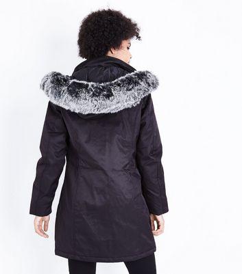 QED Black Faux Fur Trim Hooded Parka Jacket New Look