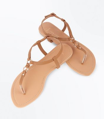 Wide Fit Tan Ring Strap Toe Post Sandals New Look