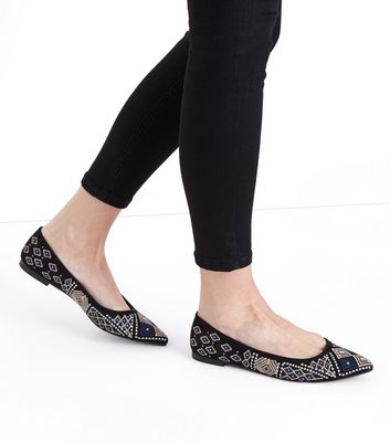 Black Suedette Aztec Embroidered Pointed Pumps New Look