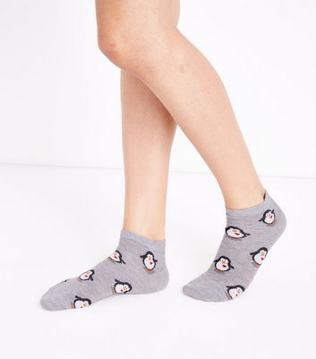Pale Grey Penguin Heart Trainer Socks New Look