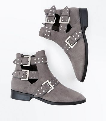 Wide Fit Grey Suedette Cut Out Buckle Side Boots New Look