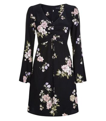 Black Floral Ruched Front Flared Sleeve Dress New Look