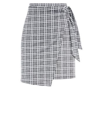 Light Grey Prince of Wales Check Tie Side Skirt New Look