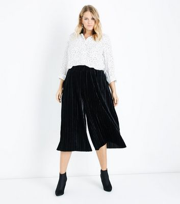 Curves Black Velvet Plisse Culottes New Look