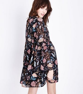 Black Floral Print Shirred Front Frill Sleeve Dress New Look