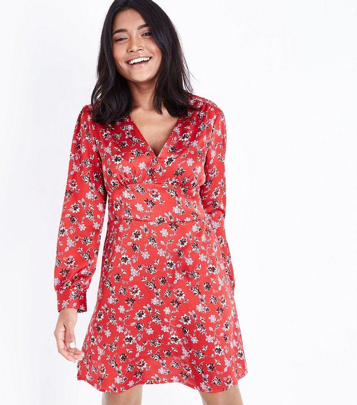 04697deacb4 Petite - Robe rouge à manches longues et imprimé floral