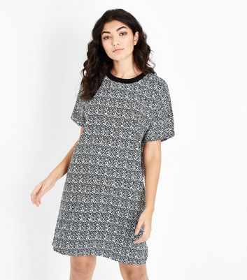 Noisy May Geometric Print Tunic Dress New Look