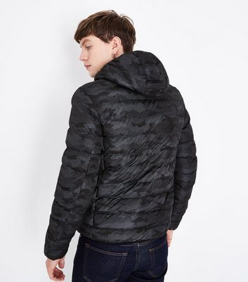 Dary Grey Digital Print Puffer Jacket New Look