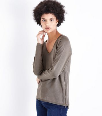 Apricot Green V Neck Zip Side Jumper New Look