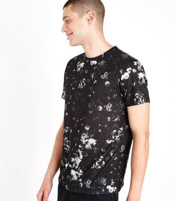 Black Rose Print T-Shirt New Look