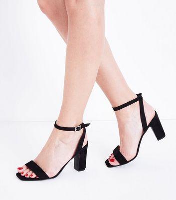 Wide Fit Black Suedette Block Heel Sandals New Look