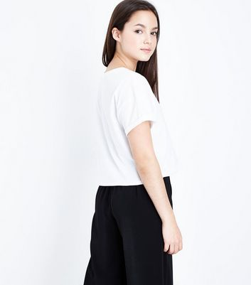 Teens White Santa Claws Slogan Front T-Shirt New Look