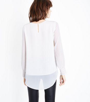 White Chiffon Dip Hem Long Sleeve Blouse New Look