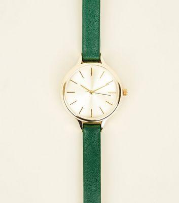 Grüne Uhr mit schmalem Armband Für später speichern Von gespeicherten Artikeln entfernen