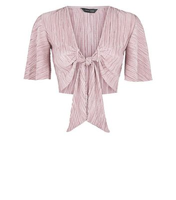 Pink Plisse Tie Front Crop Top New Look