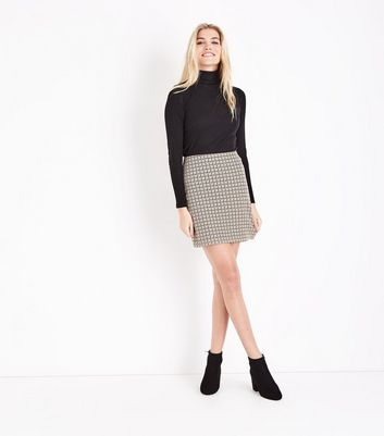 Stone Houndstooth Jersey Mini Skirt New Look