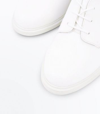 White Round Toe Lace Up Shoes New Look