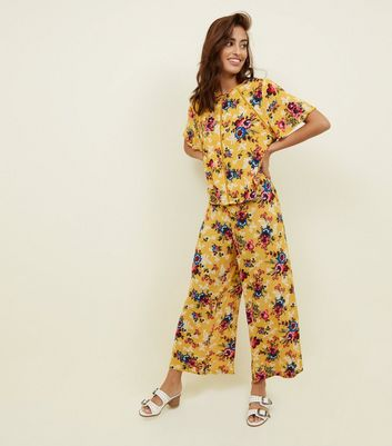 Mustard Yellow Floral Crepe Cropped Trousers