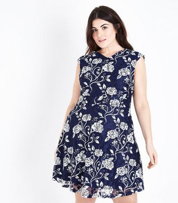 Mela Curves Blue Floral Lace Dress New Look