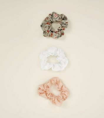 3 Pack Multi Coloured Lace Floral Scunchies New Look