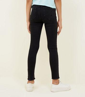 Girls – Schwarze High Waist Skinny Jeans mit Rissen Für später speichern Von gespeicherten Artikeln entfernen