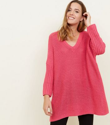 Noisy May Bright Pink V-Neck Oversized Jumper