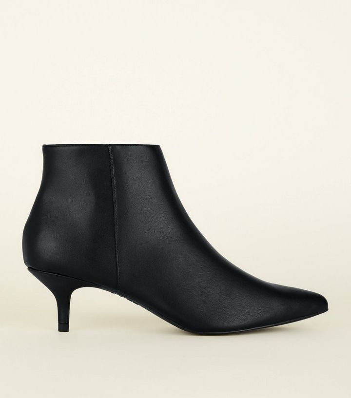 a615f4ef920 Black Leather-Look Kitten Heel Ankle Boots