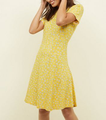 Tall Yellow Ditsy Floral Cap Sleeve Swing Dress