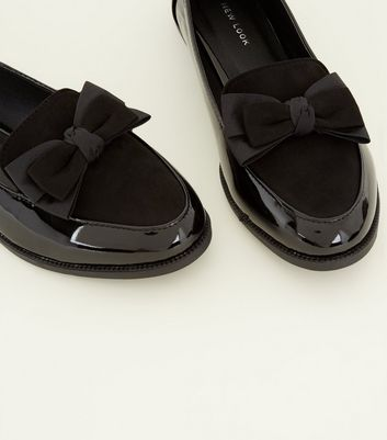 Black Patent and Suedette Bow Front