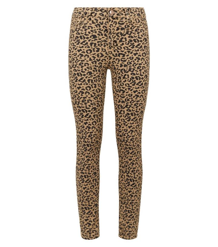 063791883cbeda ... Tan Leopard Print Ankle Grazer Jenna Jeans. ×. ×. ×. Shop the look