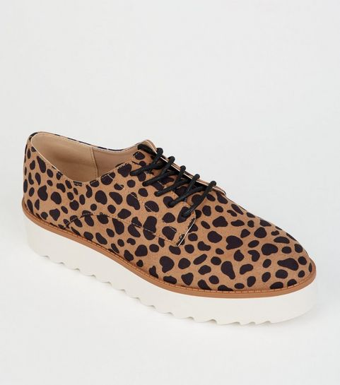 Chaussures femme   Bottes, escarpins   baskets   New Look 4ed743a55524