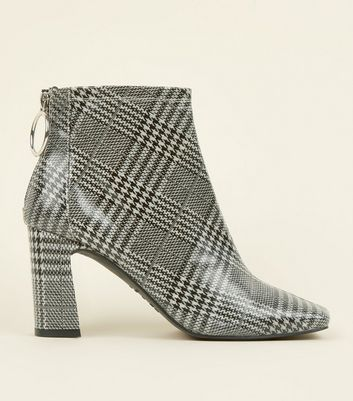 Black Check Ring Zip Flare Heel Ankle Boots