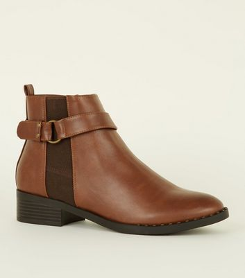 Tan Studded Low Heel Chelsea Boots