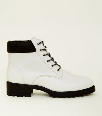 Girls White Contrast Lace-Up Worker Boots