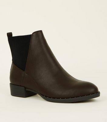Brown Studded Rim Chelsea Boots