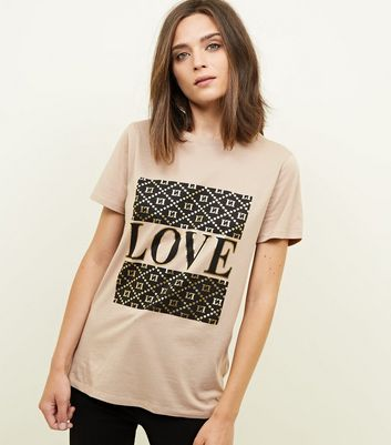Camel Love Slogan T-Shirt