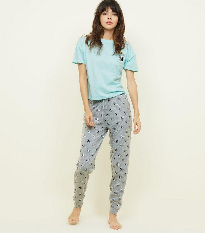 69c9575b3c57a Ensemble pyjama vert t-shirt et pantalon à imprimé Bulldog