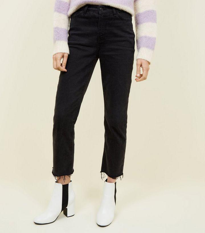 9ed14ce95c0ddf Harlow – Schwarze, knöchellange Straight Jeans mit ausgefranstem ...