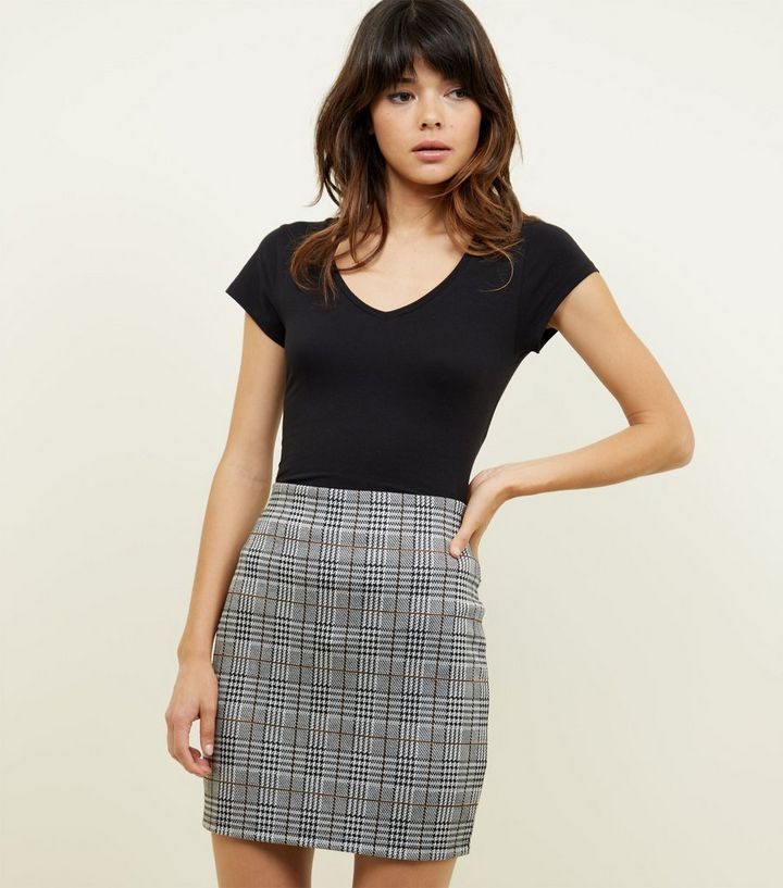 c09ad57375 Black Check Tube Skirt | New Look