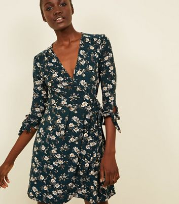 Blue Vanilla Green Floral Tie Sleeve Wrap Dress