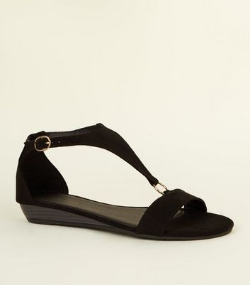 Black Suedette Low Wedge Ring Strap Sandals