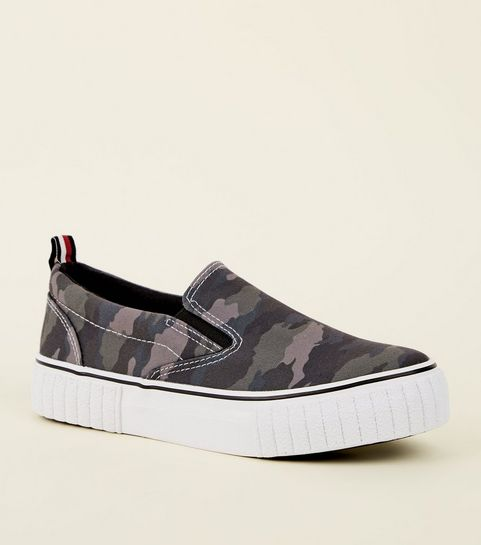 2c7bdb4d9f1 ... Green Camo Print Chunky Slip On Trainers ...